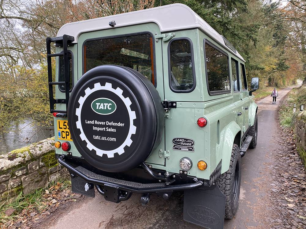 Land Rover D110 Heritage Green 7441