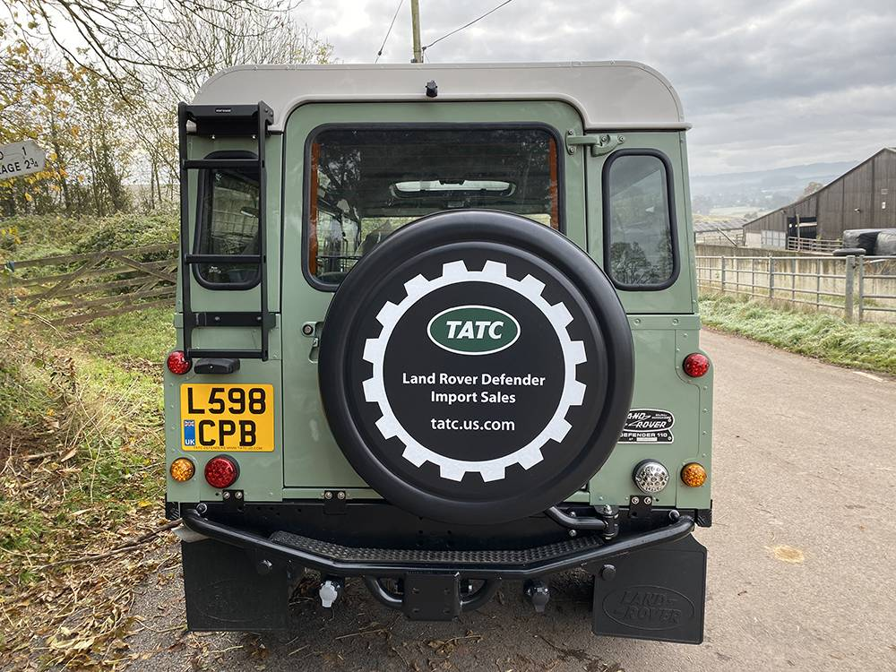 Land Rover D110 Heritage Green 7448