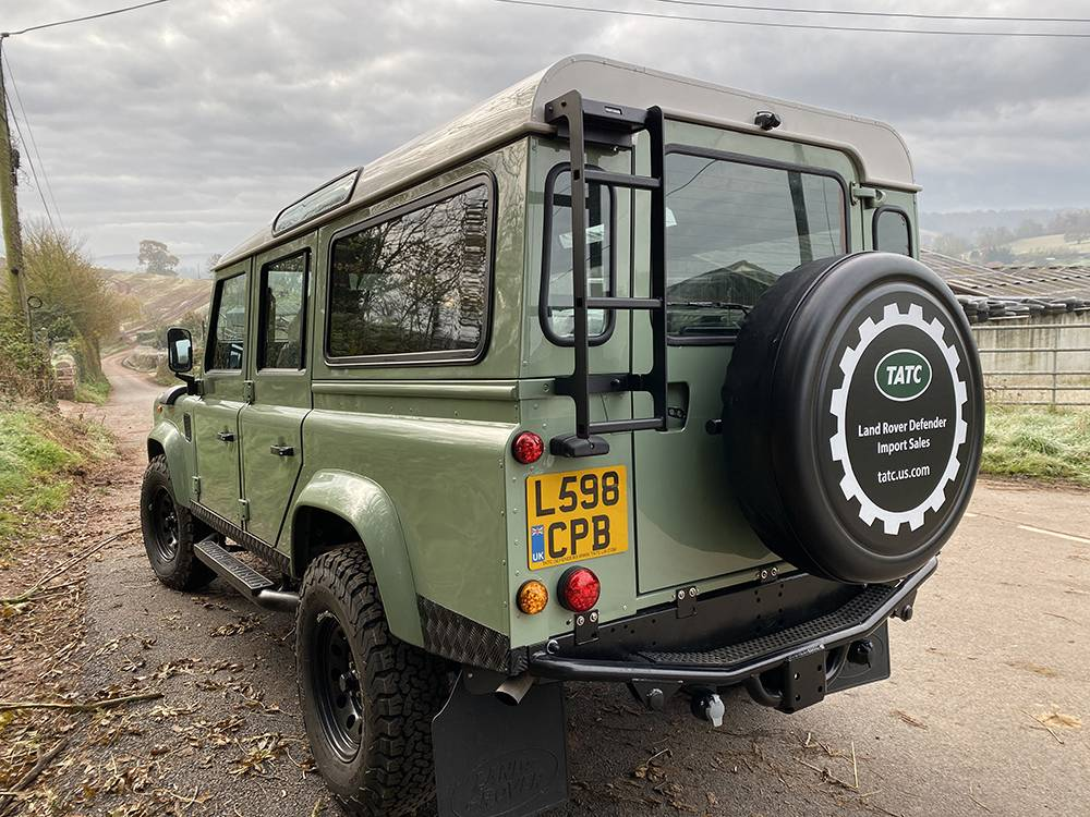 Land Rover D110 Heritage Green 7449