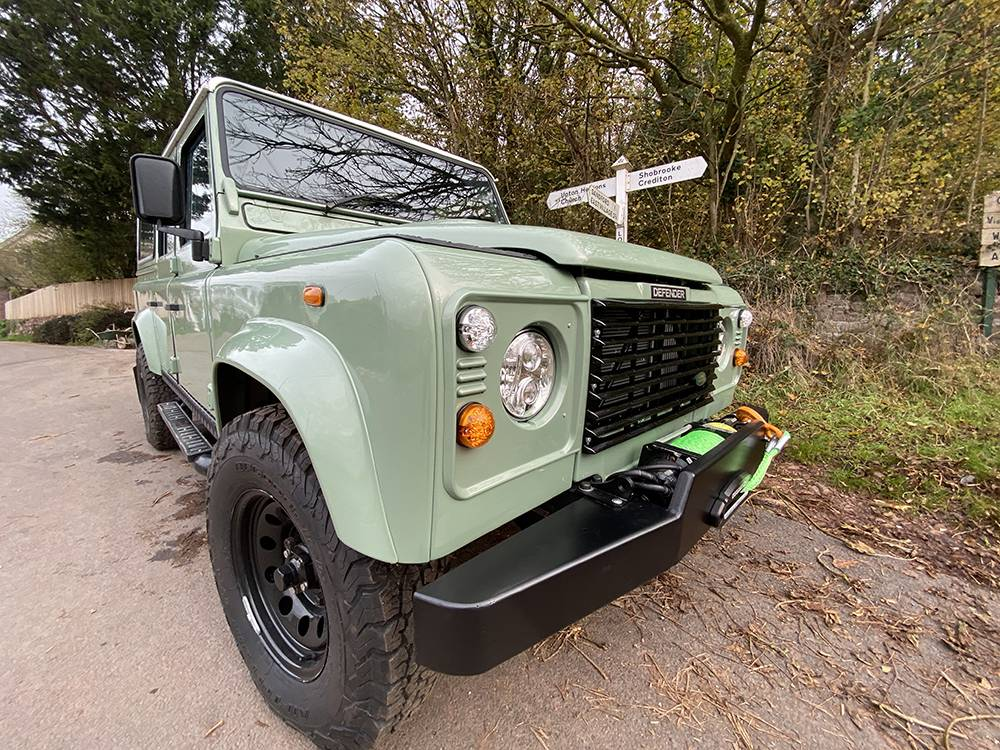 Land Rover D110 Heritage Green 7452