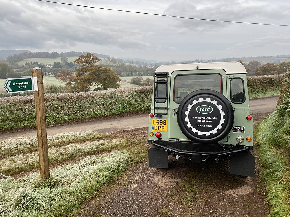 Land Rover D110 Heritage Green 7458