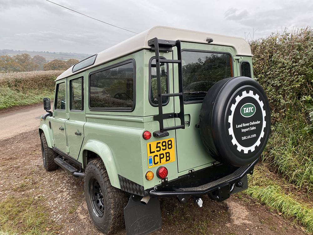 Land Rover D110 Heritage Green 7459