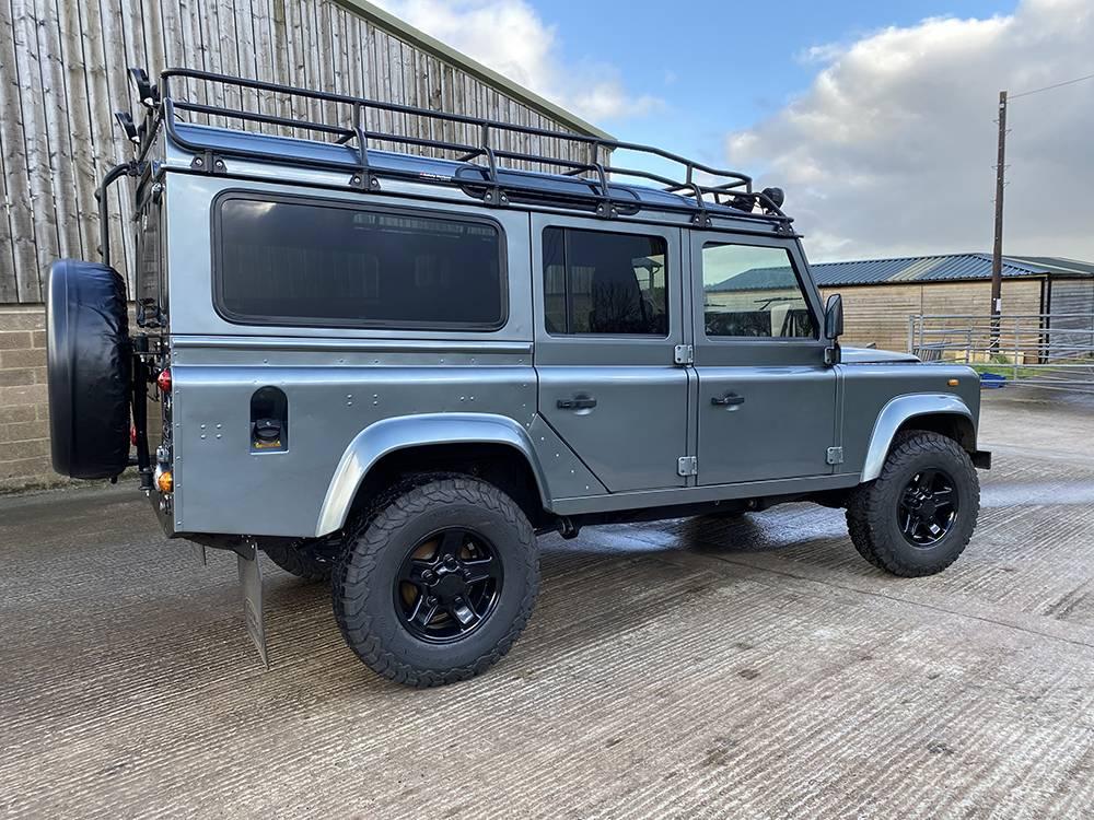 Land Rover D110 Metallic Grey 8521 1