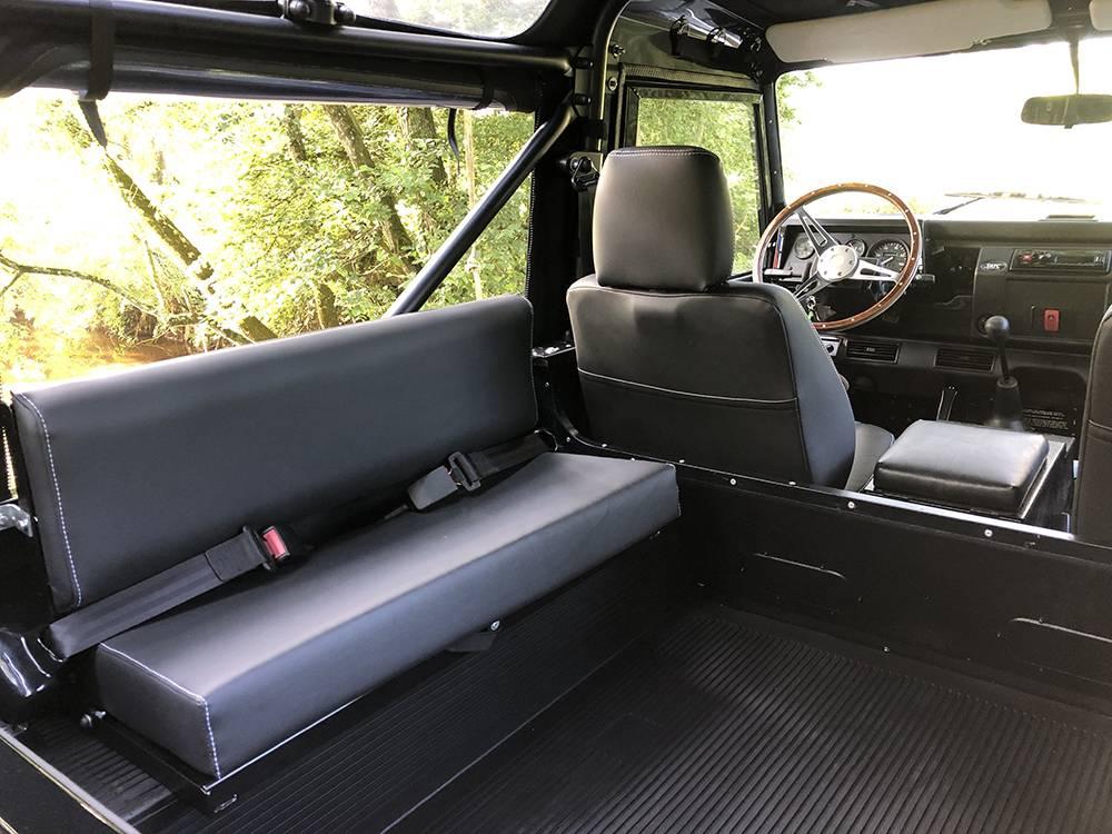 Land Rover Defender 90 Black KBX   10