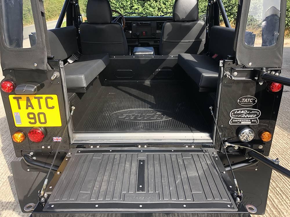 Land Rover Defender 90 Black KBX   22