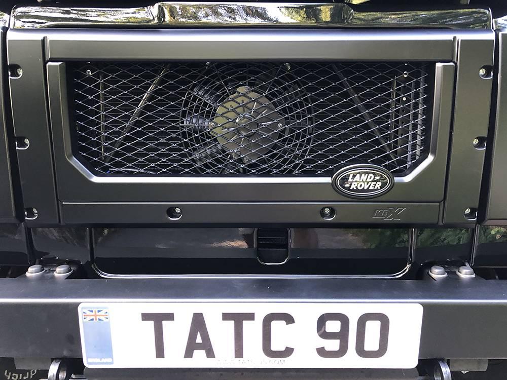 Land Rover Defender 90 Black KBX   23