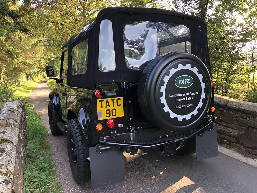 Land Rover Defender 90 Black KBX   4