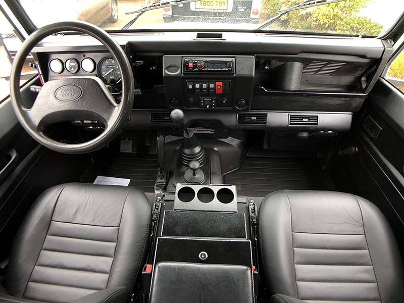 Landrover Defender 90 LHD Hard Top with Roll Cage in Arctic White 8 a