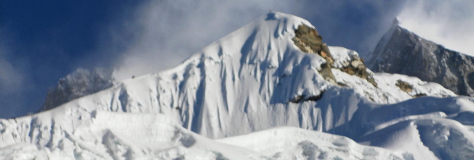 Yala Peak Climbing (5500m/18045ft)
