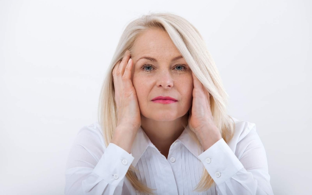 How a Low Functioning Thyroid Can Mimic Menopause