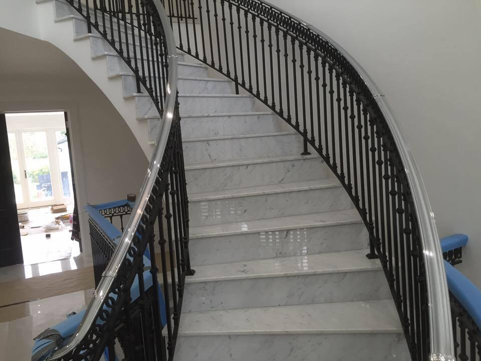 20mm Marbre Carrara Staircase