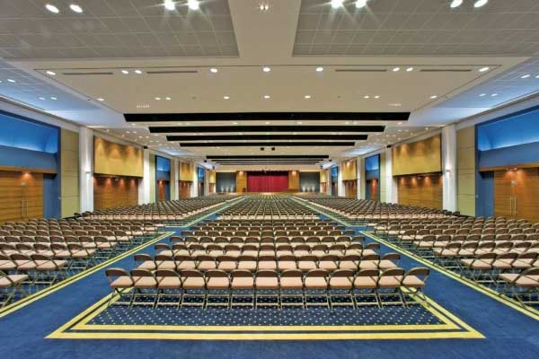 convention-hall-chairs