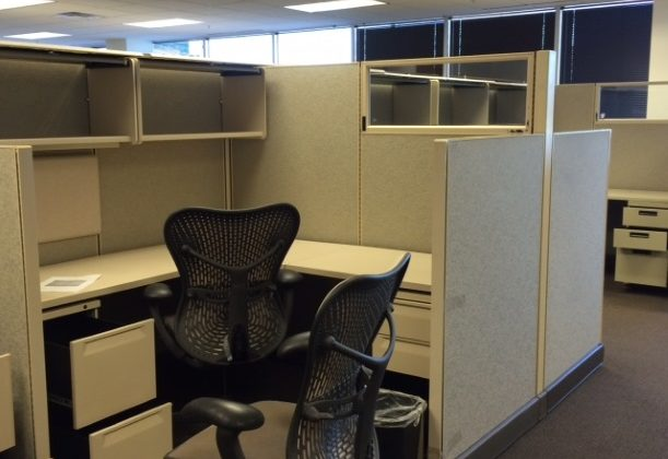 used office cubicles 2