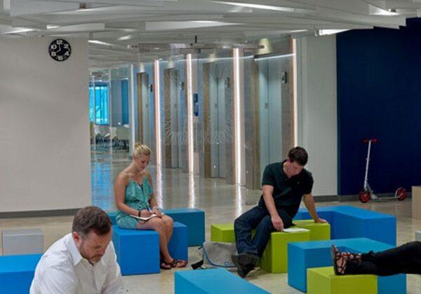 LinkedIn-4-450 feek