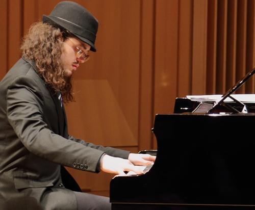 Ben Rosenblum Trio performing live at Arts Garage in February 2021