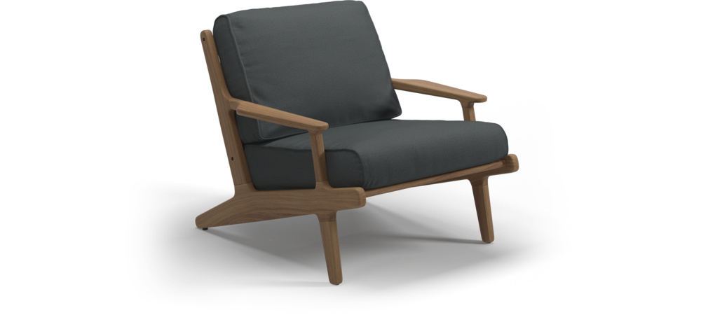 Gloster Bay Lounge Chair