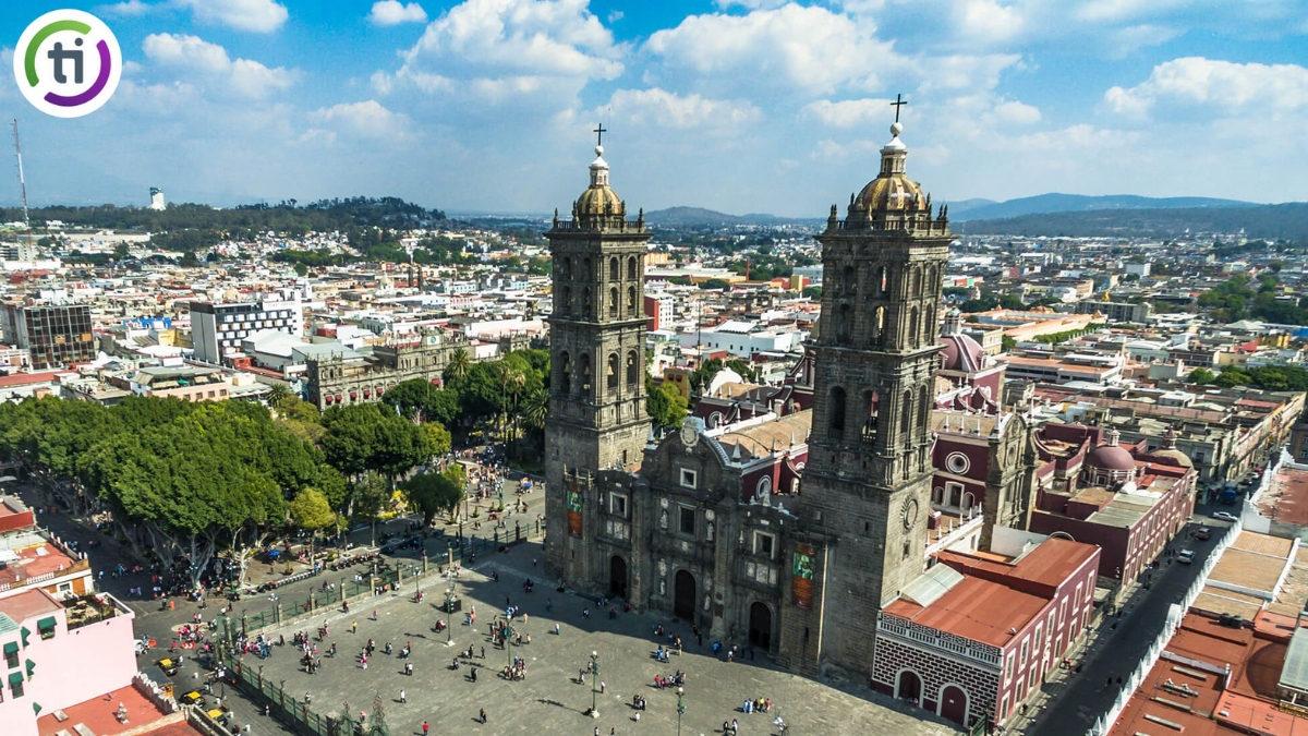vista de la catedral de puebla