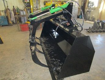 Bucket Loader, Youngs Welding and Repair, Friend Nebraska