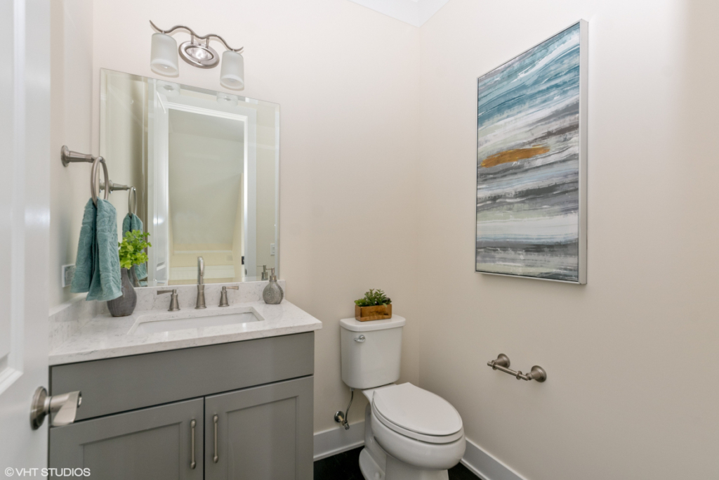 Elm Street Place Luxury Townhome Rentals Deerfield IL - Powder Bathroom
