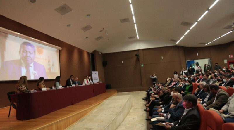 Debe la Sociedad Zacatecana Participar en las Decisiones de Gobierno