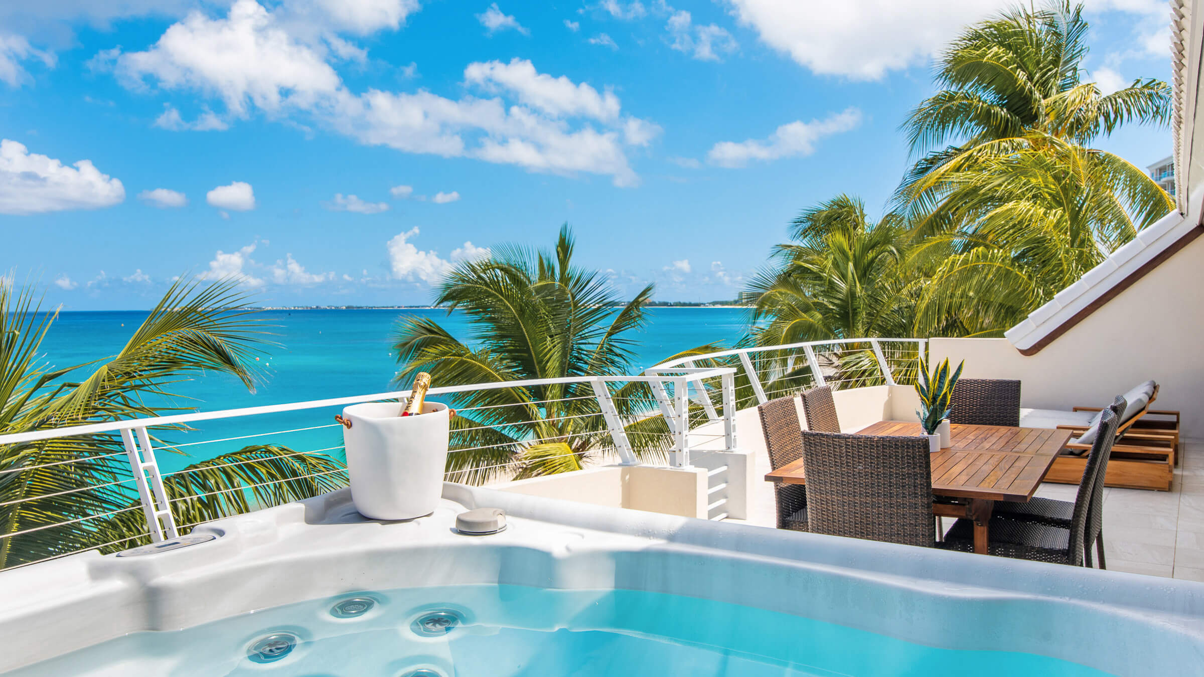 Seascape-Villa-Beach-Villa-Cayman-Islands-Grand-Cayman-Paradise-Jacuzzi.jpg