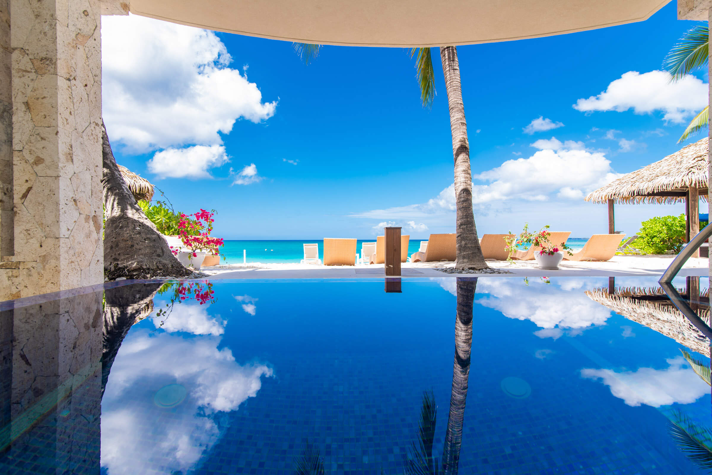 Seascape Villa Cayman Islands Grand Cayman Beachfront Luxury Caribbean Vacation Family Games, Activities and Pool