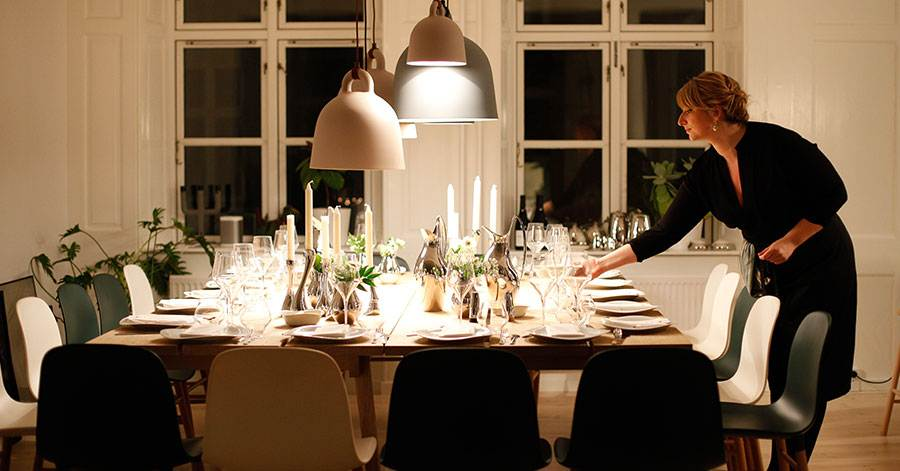 holiday-party-hosting-tips