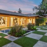 Actor Billy Dee Williams' Former Home Lists for $12,995,000