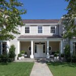 12 Homes With Welcoming Front Yards