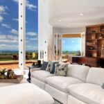 9 Homes with Breathtaking Floor-to-Ceiling Windows
