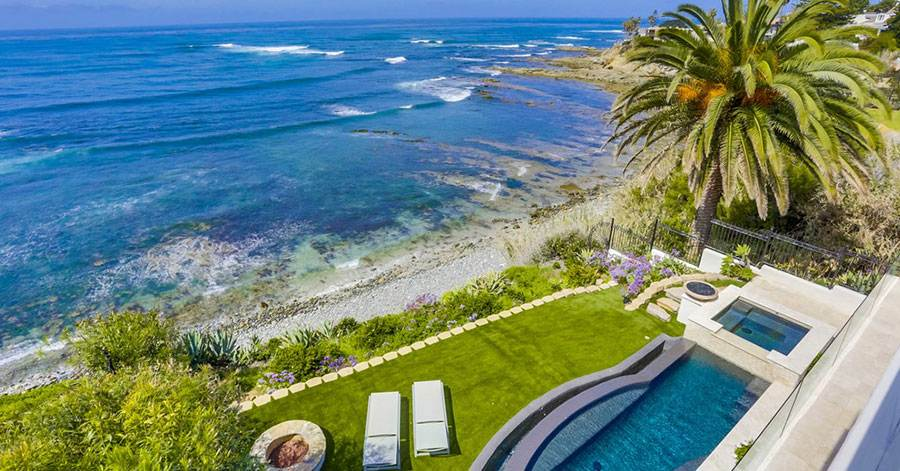 homes-with-infinity-pools