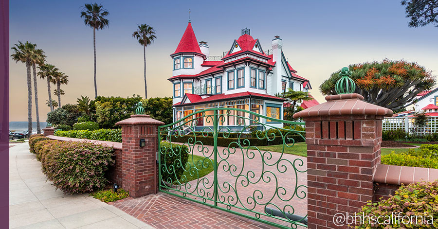 "Coronado's Historic ""Baby Del"" Victorian Offers Seaside Living"