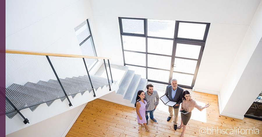 Why You Should Become a Real Estate Agent