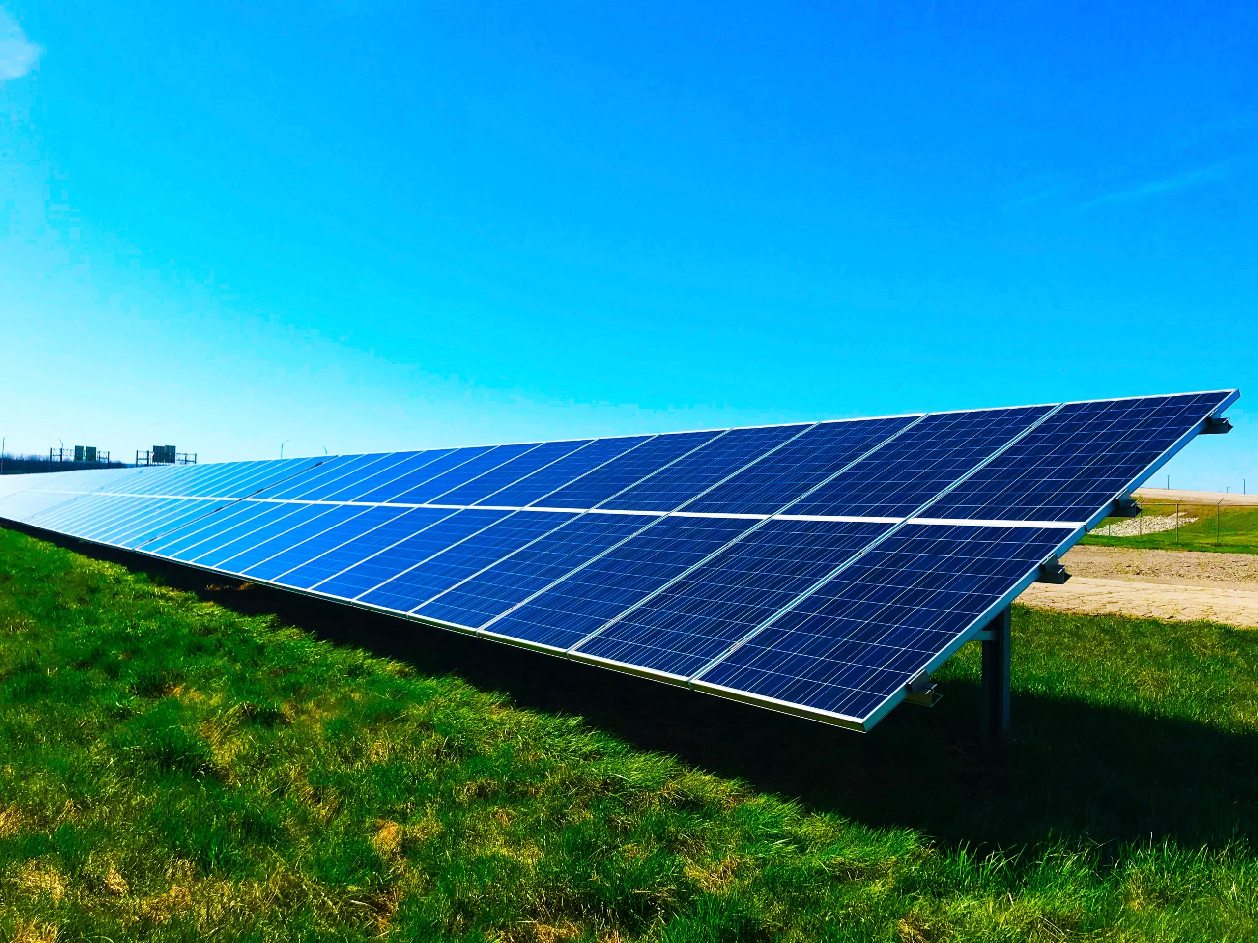 Queensland utility teams with BoM to boost solar and wind forecasting