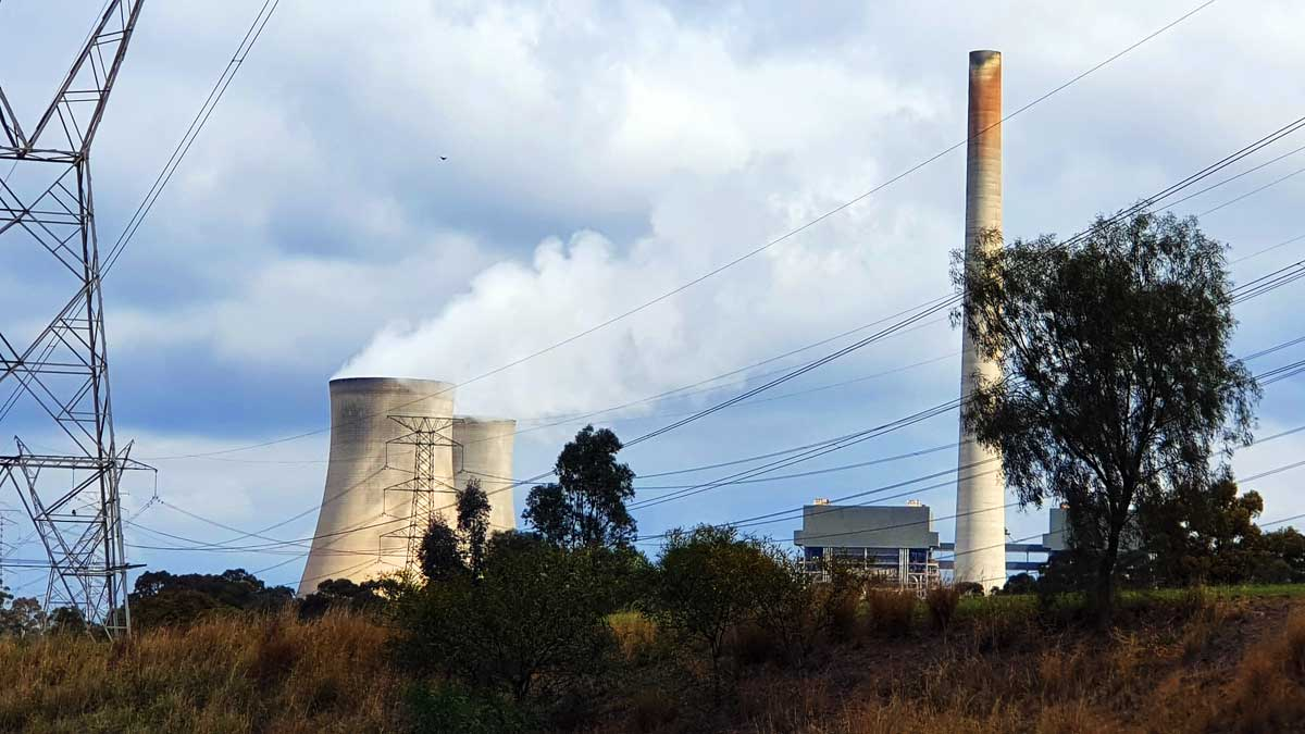 More wind and solar means early closure of coal plants is more likely
