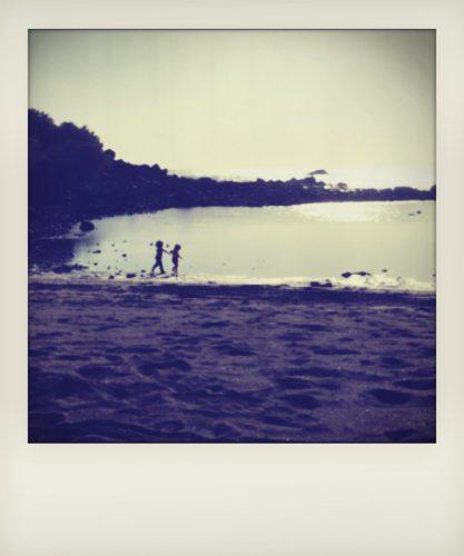 Bambini al mare a La Gomera alle Isole Canarie