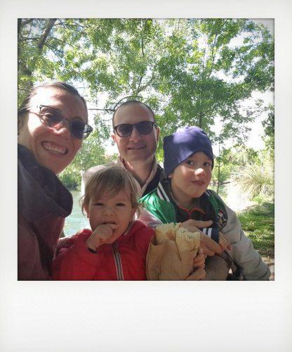 Famiglia in vacanza in Provenza con bambini