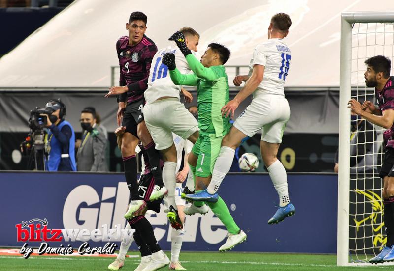 Mexico-vs-Iceland-77