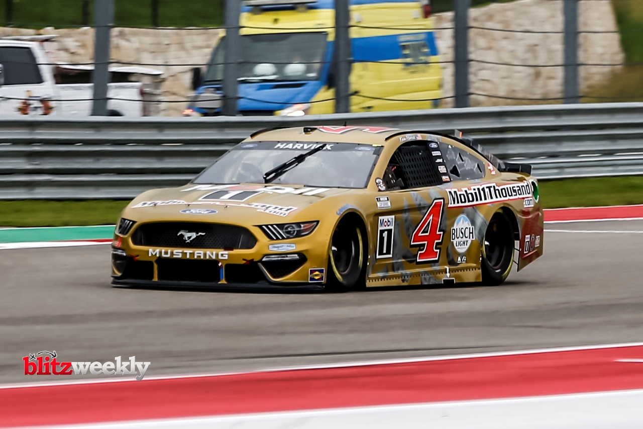 AUSTIN, TX - MAY 23: NASCAR Cup Series driver Kevin Harvick (4) turns into turn 19 during qualifying for the Inaugural EchoPark Automotive Texas Grand Prix on May 23, 2021 at the Circuit of The Americas in Austin, Texas. (Photo by Matthew Pearce/Icon Spor