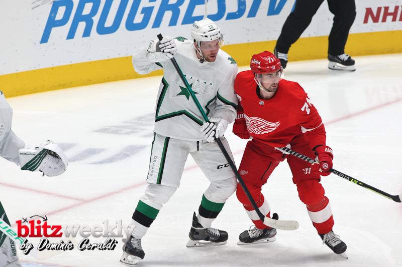 Stars-vs-Red-Wings-22