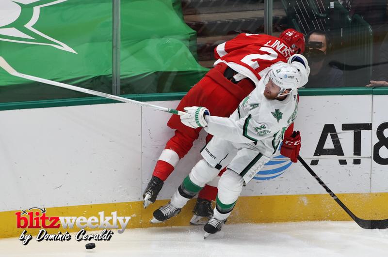 Stars-vs-Red-Wings-24
