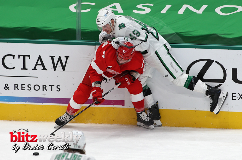 Stars-vs-Red-Wings-3a
