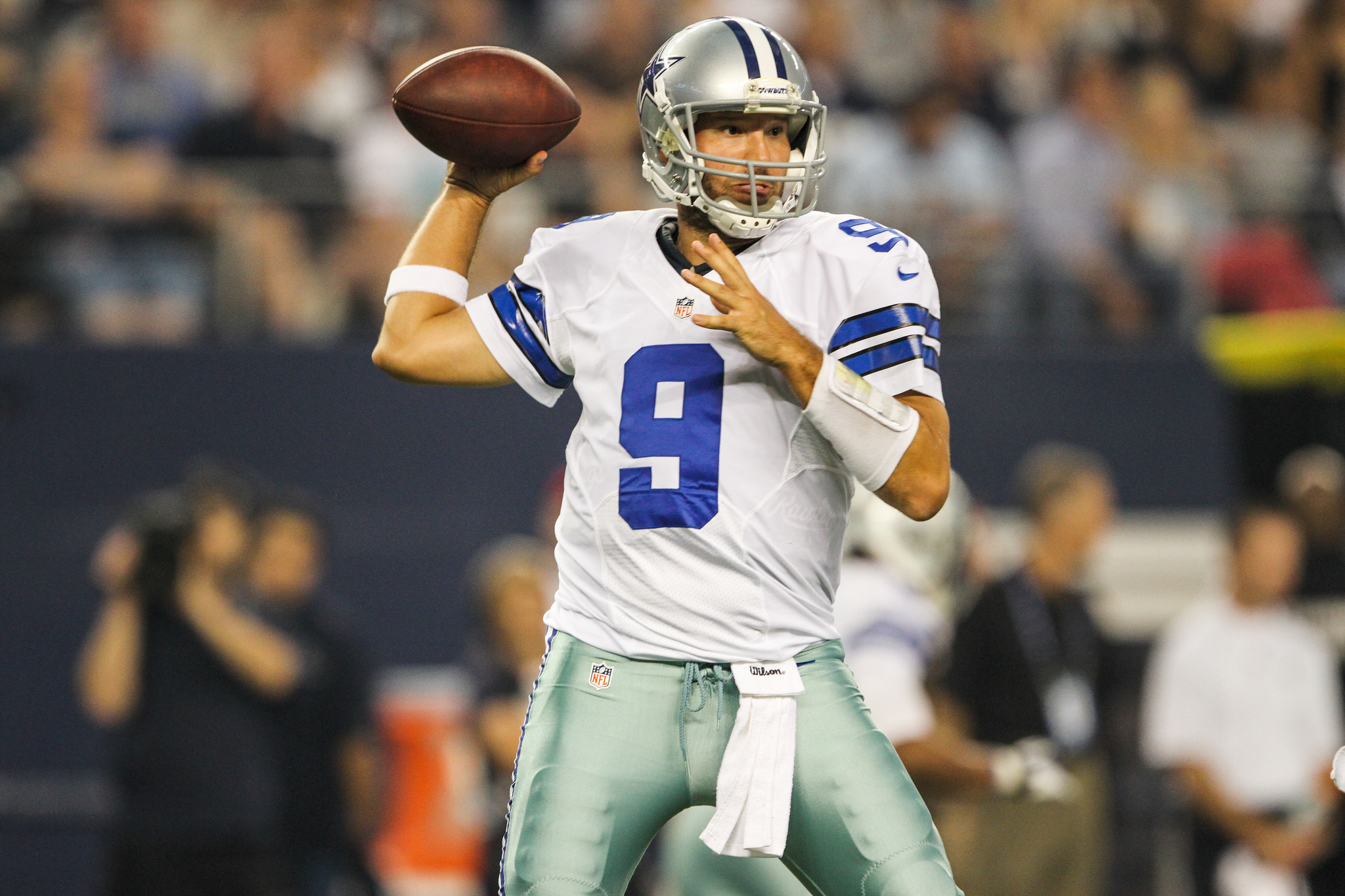 Cowboys QB Tony Romo makes his return from injury this Sunday against the Miami Dolphins in a must win game. Photo Courtesy: Darryl Briggs