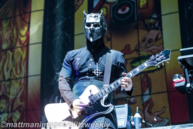 A Nameless Ghoul rocks the guitar for fans at the American Airlines Center. Photo Courtesy: Matt Pearce
