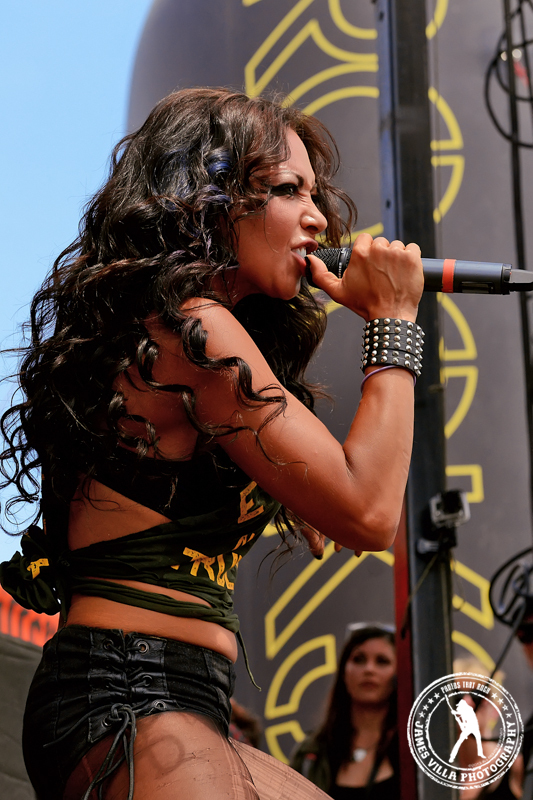 Butcher Babies I ©2013 James Villa Photography, All Right Reserved