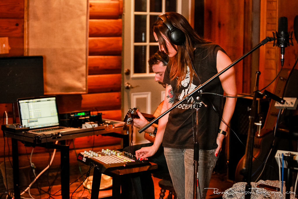 EXCLUSIVE SESSIONS: Summer of Glaciers at Big Acre // Photo by Ronnie Jackson
