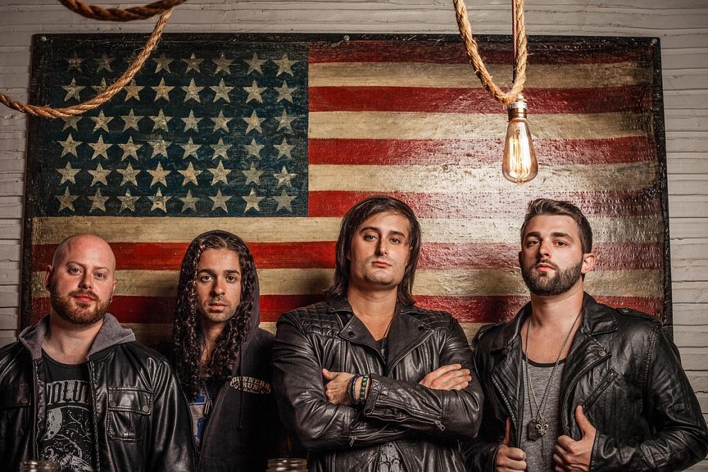 01_-_Everlit_American_Flag_Promo
