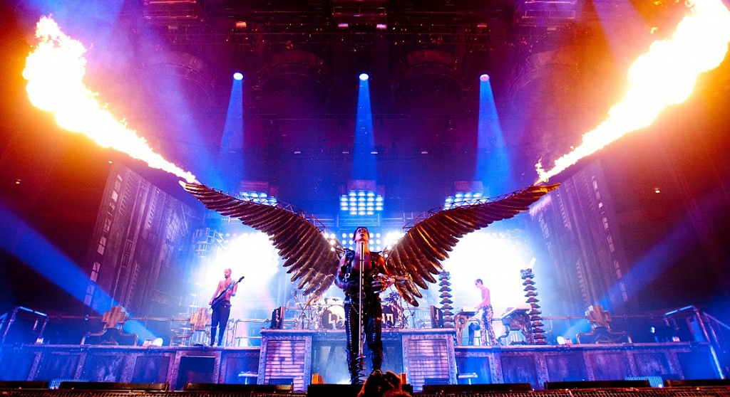 rammstein-wings