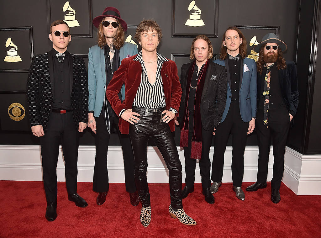 Cage The Elephant 2017