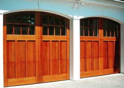 Charles River Custom Series Huntingdon Model Stain Grade Western Red Cedar Wood 4 over 4 Lite Arch Glass